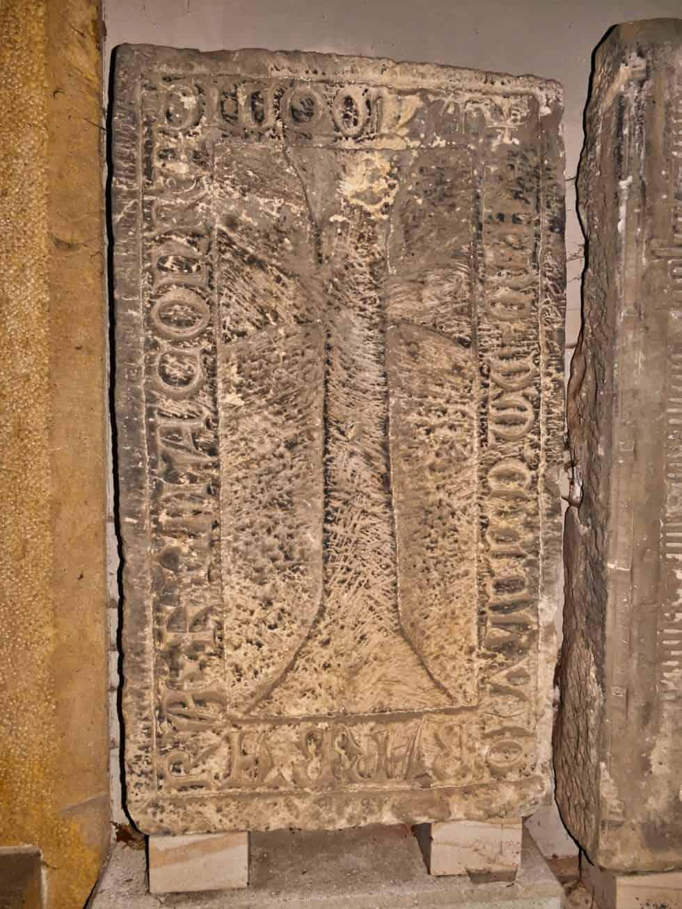 Grabstein Barbara Coquina (Küchenmeister) 1365